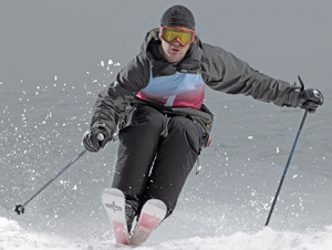Global Snow Sports Apparel Market Market